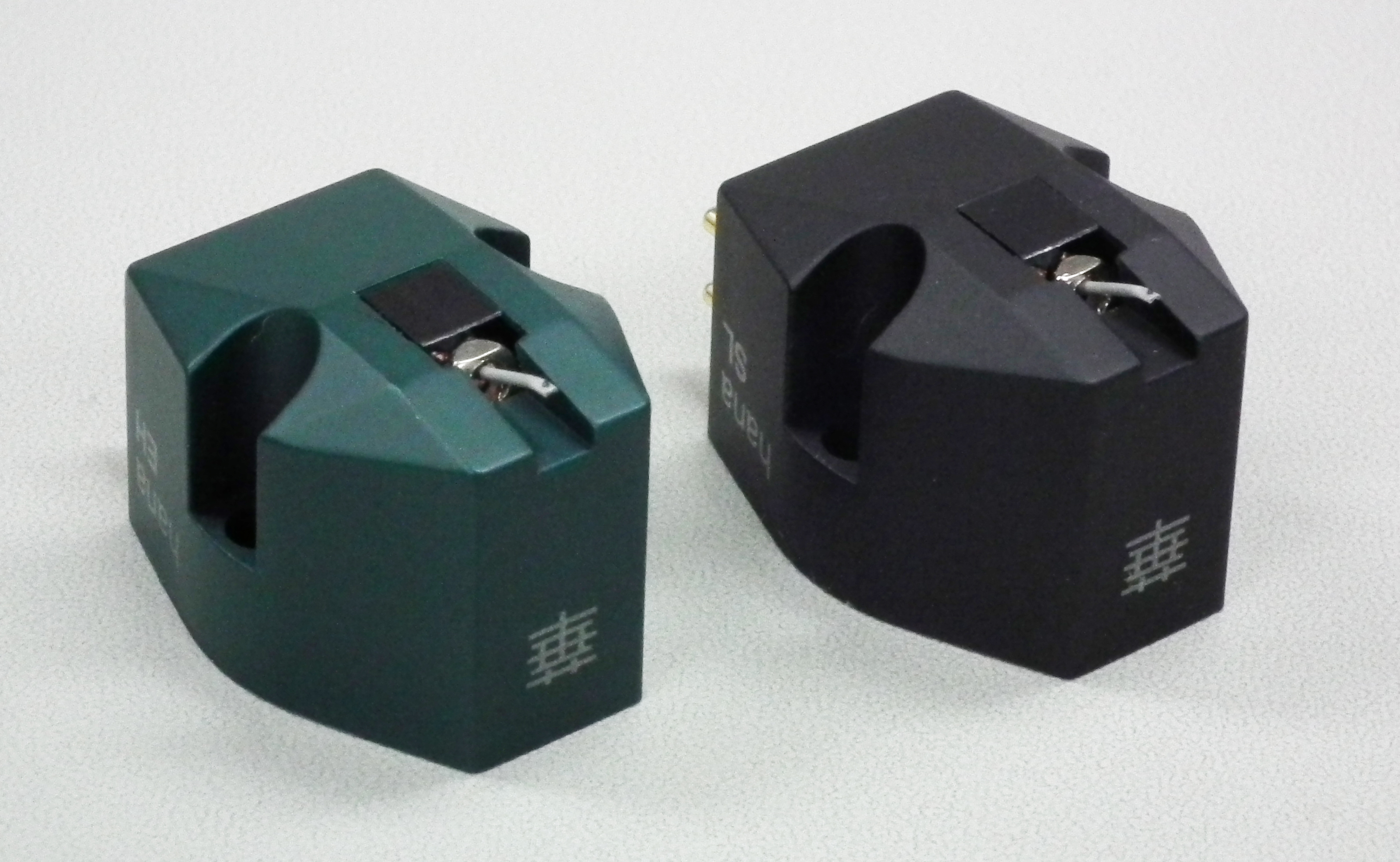 Hana stereo cartridges