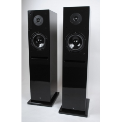 Edwards Audio SP3 floorstanding isobaric loudspeakers